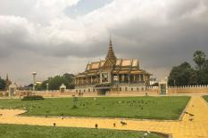 Discover Phnom Penh Two Days - Royal-palace-front-phnom-penh(1).jpg