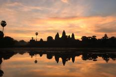 Siem Reap Angkor Wat - Kulen Waterfall - Floating Villages Tours - angkor-wat-sunrise-tour.jpg