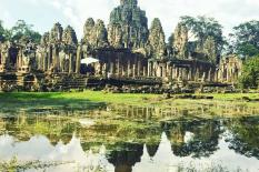 Siem Reap Angkor Wat - Kulen Waterfall - Floating Villages Tours - bayon-buddha-smilling-faces.jpg