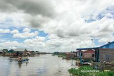Angkor Tour 123 - floating-village-meychrey.jpg