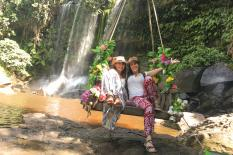 Kulen Water Fall Tour - Kulen Mountain National Park - River One Thousand Linga Buddha sdraiato - phnom-kulen-water-fall-tour.jpg